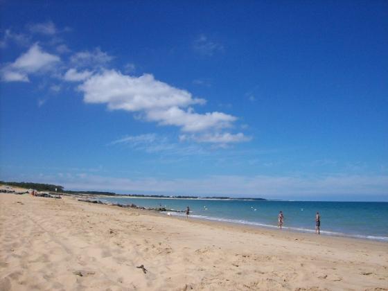 Nouvelle Aquitaine, ce camping est à vendre en bord de plage.