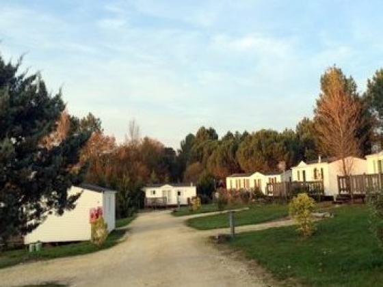 Ce camping est en vente en Nouvelle Aquitaine ...sans piscine !!