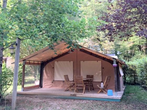 Camping a vendre sur plus de 9 hectares en Dordogne